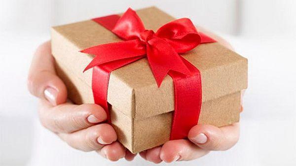 Доставка подарков по москве курьером